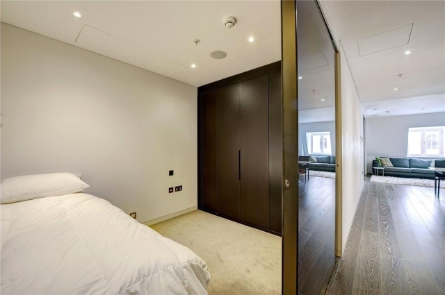 Plastering services for bedrooms and living rooms in Poole, Dorset