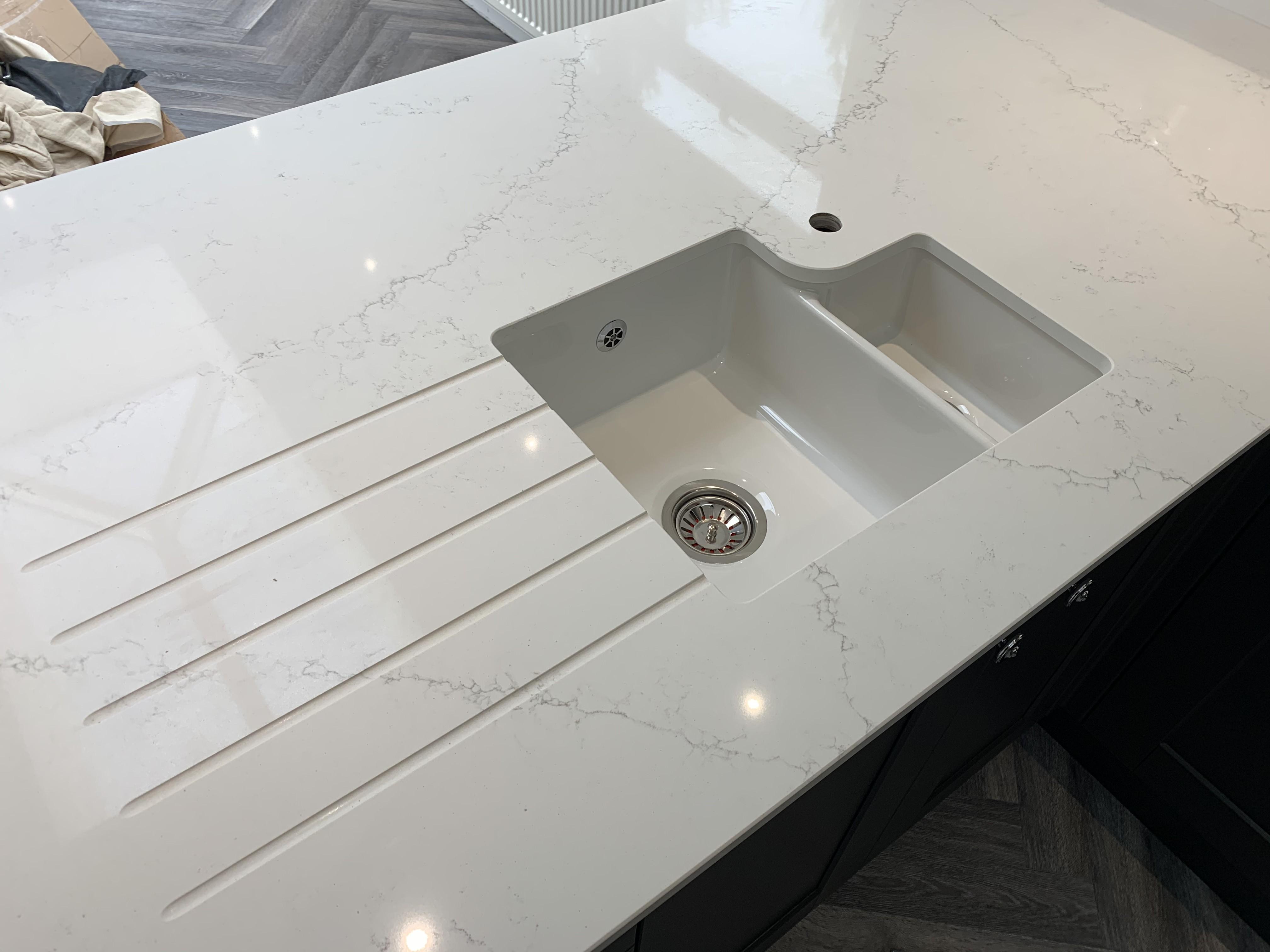 Quartz Worktop - Kitchen Fitters